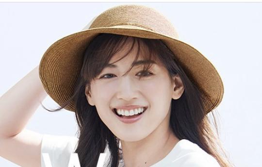 Fカップの芸能人31名まとめ【女優・アイドル・グラドル・モデル】